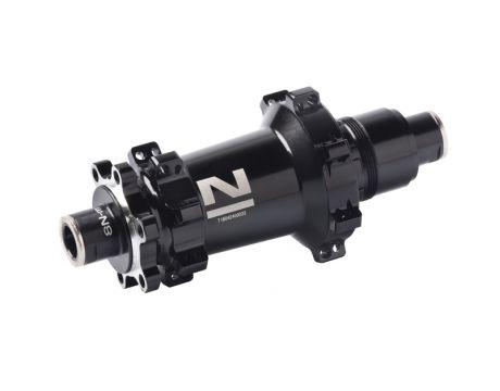 Náboj Novatec XDS462SB-B12-XD (boost), čierny, 28-dierový (N-logo)