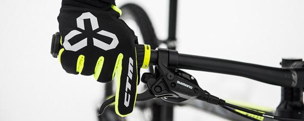 Zimné rukavice CTM Warmer skladom